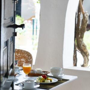 Deluxe room breakfast verandah